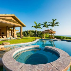 luxury-home-with-swimming-pool-m-400x400